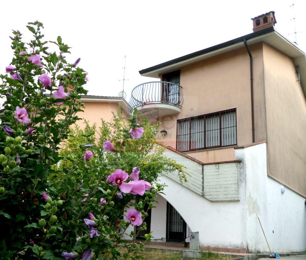 Salice Terme – Villa Bifamiliare